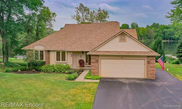 6591 Greene Haven Drive, Independence Twp, MI 48348 (#2200053786) :: GK Real Estate Team