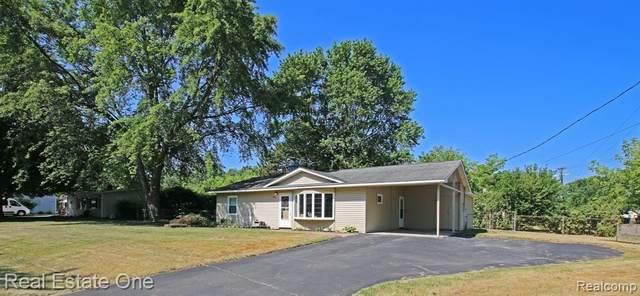 3610 Coleport Street, Orion Twp, MI 48359 (#2200053854) :: GK Real Estate Team
