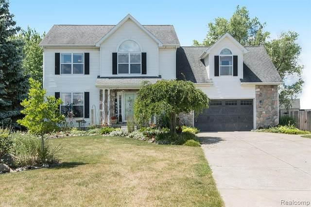 5288 Redwood Court, Burton, MI 48439 (#2200053863) :: GK Real Estate Team