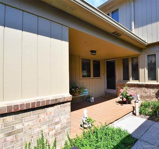 12456 Pinecrest Drive, Plymouth, MI 48170 (#2200054031) :: Duneske Real Estate Advisors