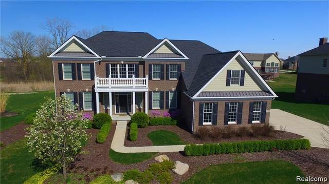 17498 Briar Ridge Lane, Northville Twp, MI 48168 (#2200054319) :: Duneske Real Estate Advisors