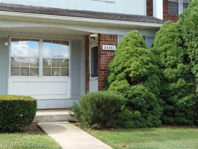 24411 Olde Orchard Street #54, Novi, MI 48375 (#2200054538) :: Duneske Real Estate Advisors