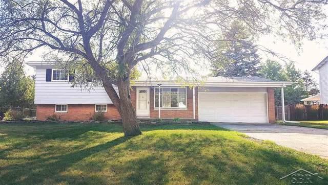 1635 Kingston Drive, Saginaw Twp, MI 48638 (#61050017409) :: GK Real Estate Team