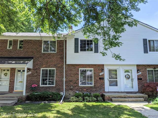 23007 Gary Lane, Saint Clair Shores, MI 48080 (#2200055278) :: GK Real Estate Team