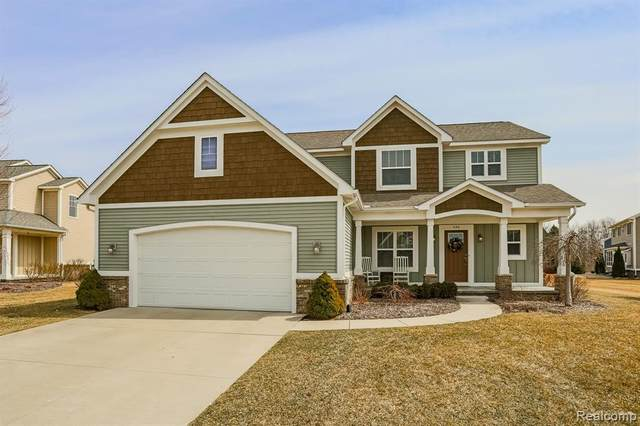 433 Riverbend Street, Milford Vlg, MI 48381 (#2200057101) :: The Mulvihill Group