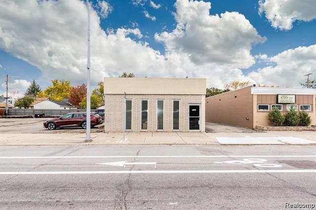 3053 Coolidge Highway, Berkley, MI 48072 (#2200057364) :: The BK Agency