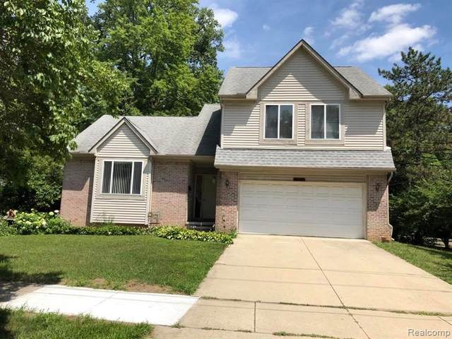 22404 Hawthorne Street, Farmington, MI 48336 (#2200058677) :: RE/MAX Nexus