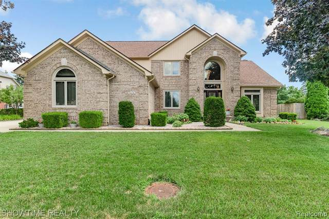 54470 Burlington Drive, Shelby Twp, MI 48315 (#2200058705) :: The BK Agency