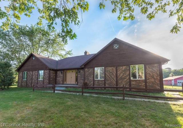 5775 Wildcat, Clyde Twp, MI 48049 (MLS #2200058864) :: The John Wentworth Group