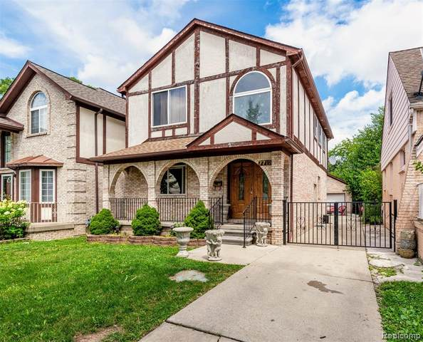 7712 Mead Street, Dearborn, MI 48126 (MLS #2200058957) :: The John Wentworth Group