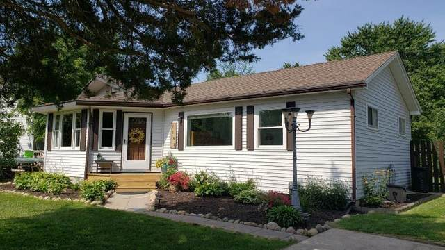 9180 Riverside, Hamburg Twp, MI 48116 (#543275162) :: Novak & Associates