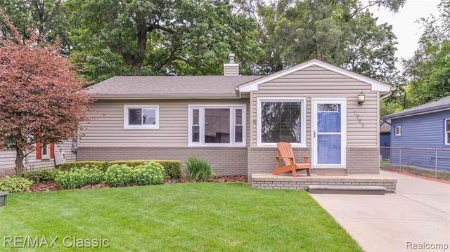 7763 Detroit Boulevard, West Bloomfield Twp, MI 48323 (#2200059291) :: RE/MAX Nexus