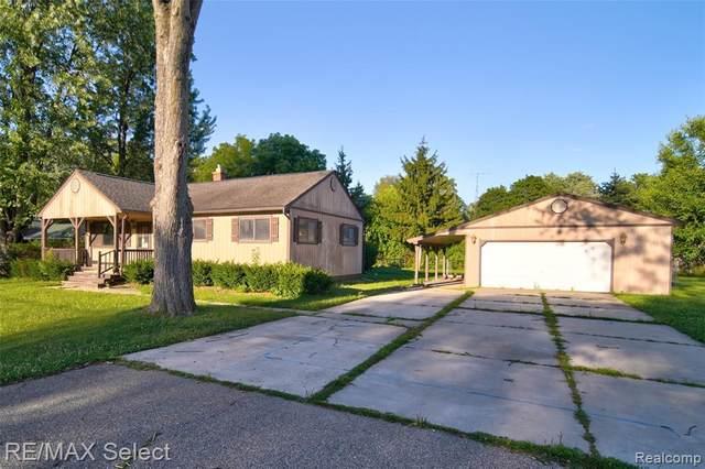1419 Denies Street, Burton, MI 48509 (#2200059438) :: Novak & Associates