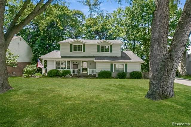 35810 Smithfield Road, Farmington, MI 48335 (#2200059837) :: RE/MAX Nexus