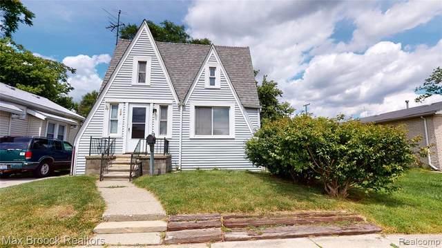 104 W Muir Avenue, Hazel Park, MI 48030 (#2200059855) :: RE/MAX Nexus