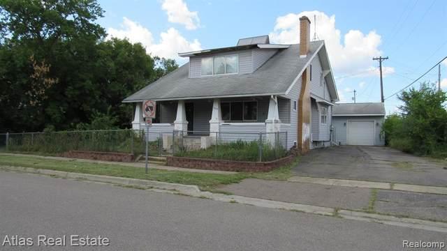 1487 E Decamp Street, Burton, MI 48529 (#2200060043) :: Novak & Associates