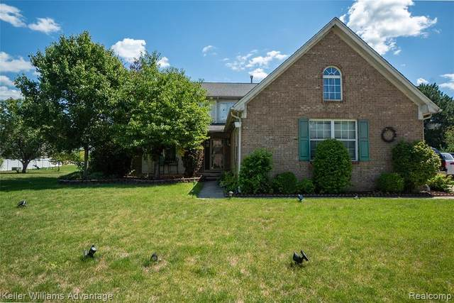 32951 Kelly Boulevard, Brownstown Twp, MI 48173 (#2200060768) :: The Mulvihill Group