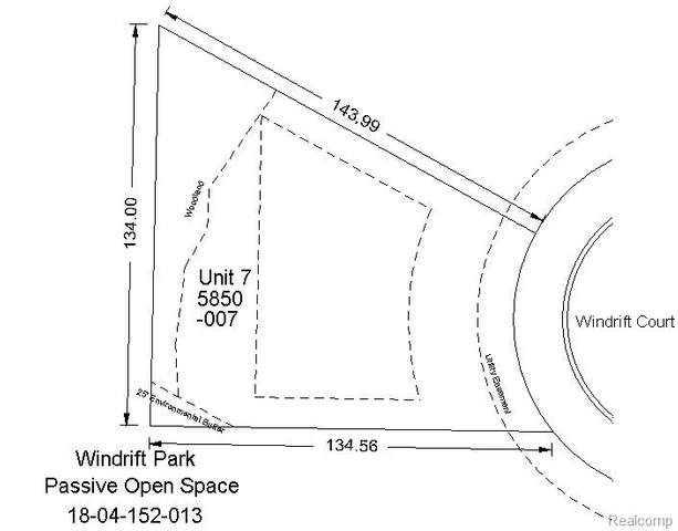 5850 Windrift Court, West Bloomfield Twp, MI 48324 (MLS #2200060863) :: The Toth Team