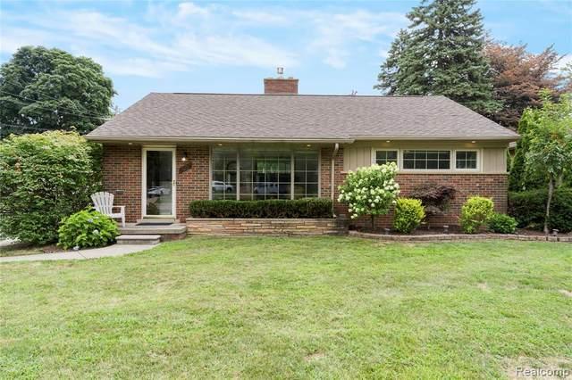 896 N Gulley Road, Dearborn, MI 48128 (#2200060909) :: GK Real Estate Team