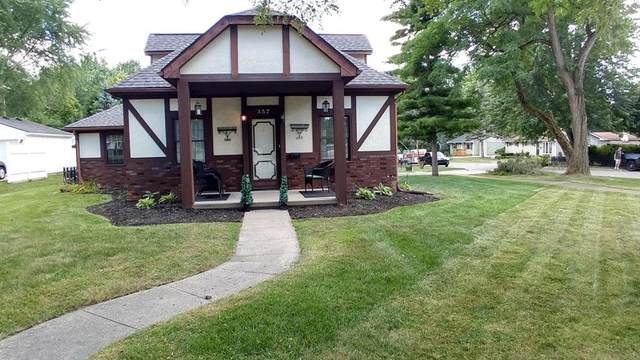 357 Riddle St, Howell, MI 48843 (MLS #62020030732) :: The John Wentworth Group