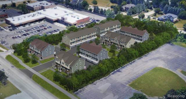 4919 Treeside Lane, Troy, MI 48098 (#2200061185) :: GK Real Estate Team