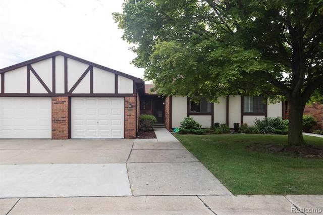 26026 Fara Court, Warren, MI 48091 (#2200061259) :: GK Real Estate Team