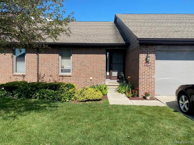 45995 E Meadows Circle E #90, Macomb Twp, MI 48044 (#2200061298) :: The Alex Nugent Team | Real Estate One
