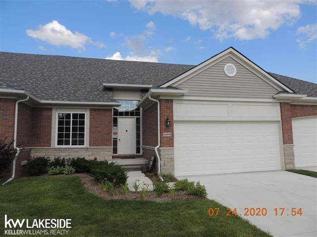 49238 Pond Place Unit # 172, Shelby Twp, MI 48315 (#58050019345) :: The Mulvihill Group