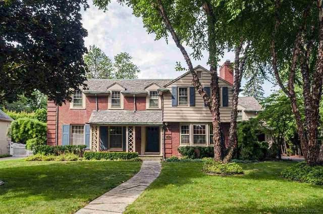 679 Westchester, Grosse Pointe Park, MI 48236 (#58050019360) :: The Alex Nugent Team   Real Estate One