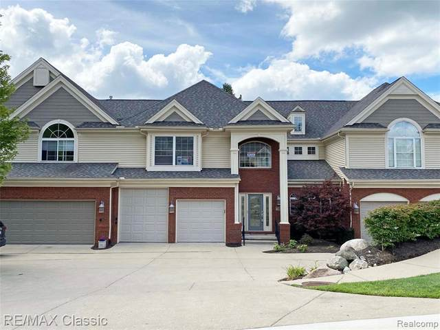 511 Florence Court #4, Milford Vlg, MI 48381 (#2200061466) :: The Mulvihill Group