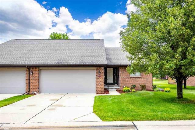 45730 Meadow Circle, Macomb Twp, MI 48044 (#58050019424) :: The Alex Nugent Team | Real Estate One