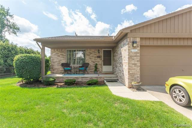 17220 Alba Court, Clinton Twp, MI 48038 (#2200061811) :: The Alex Nugent Team | Real Estate One