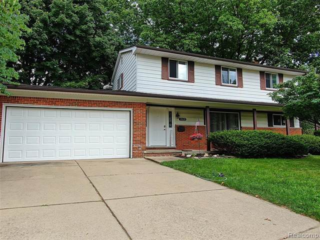 31628 Bretton Street, Livonia, MI 48152 (#2200061970) :: The Alex Nugent Team | Real Estate One