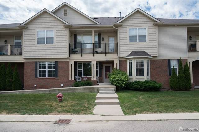 5760 Flagstaff Pines #3, Shelby Twp, MI 48317 (#2200062019) :: The Alex Nugent Team | Real Estate One