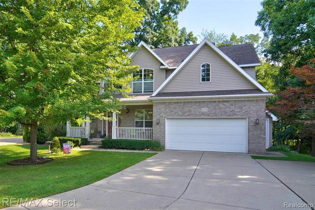 10219 Mill Pointe Drive, Goodrich Vlg, MI 48438 (MLS #2200062054) :: The John Wentworth Group
