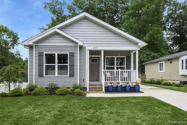 4011 Hazelett Drive, Waterford Twp, MI 48328 (#2200062059) :: The Alex Nugent Team | Real Estate One