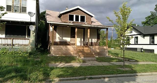 2566 Beals Street, Detroit, MI 48214 (MLS #2200062180) :: The Toth Team