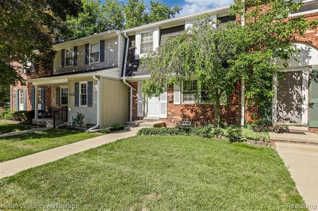 41358 Windsor Court, Northville Twp, MI 48167 (#2200062398) :: The Alex Nugent Team | Real Estate One