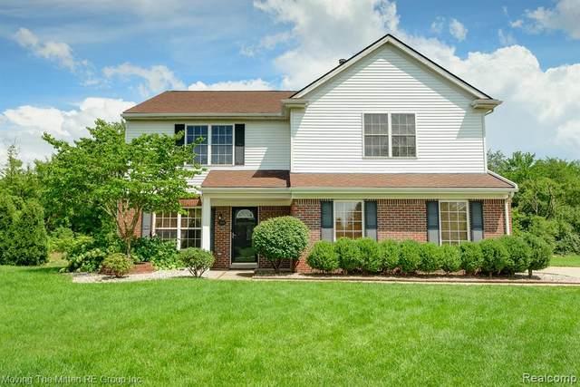 13905 Milton Drive, Van Buren Twp, MI 48111 (#2200062402) :: Novak & Associates