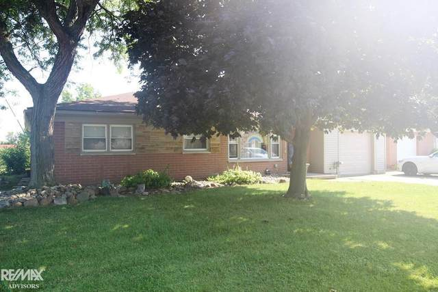 31628 Linden, Fraser, MI 48026 (MLS #58050019618) :: The Toth Team