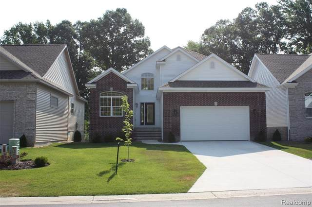 3098 Aberdeen Court, Port Huron Twp, MI 48060 (MLS #2200062422) :: The John Wentworth Group