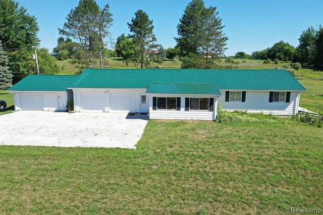2370 N Lapeer Road, Mayfield Twp, MI 48446 (#2200062640) :: Novak & Associates
