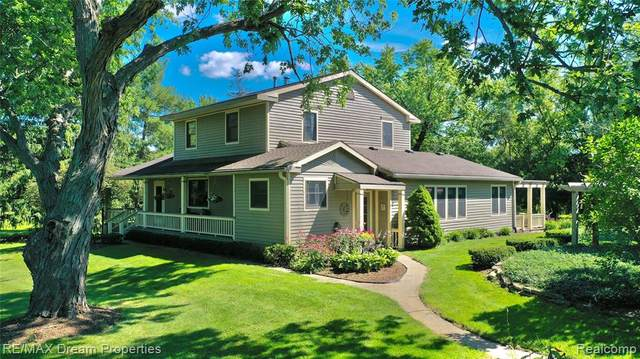 3710 Frains Lake Road, Superior Twp, MI 48105 (#2200062655) :: The Alex Nugent Team | Real Estate One