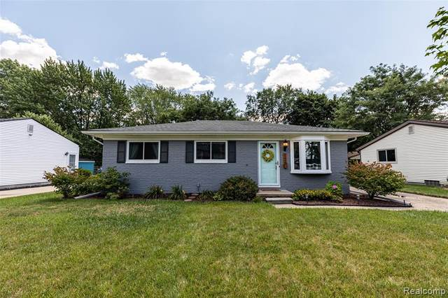 21966 Flanders Street, Farmington Hills, MI 48335 (#2200062873) :: RE/MAX Nexus