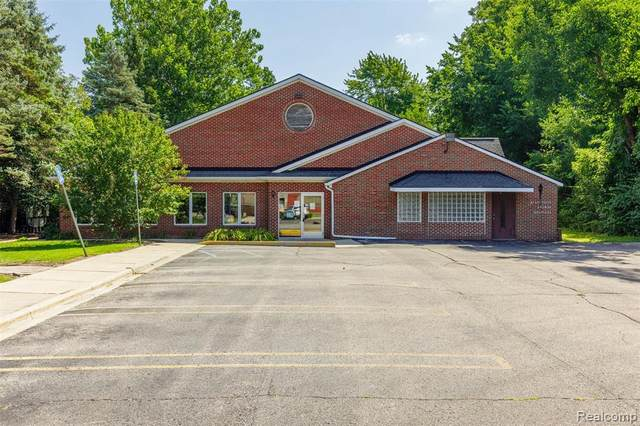 435 Sumpter Road, Van Buren Twp, MI 48111 (#2200062887) :: RE/MAX Nexus
