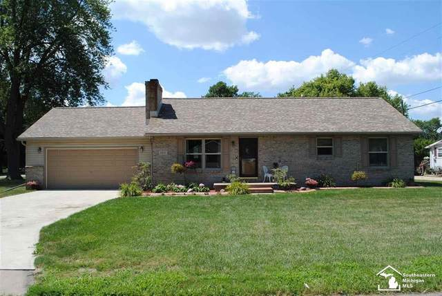 2313 Grand Blvd, Frenchtown Twp, MI 48162 (#57050019956) :: Novak & Associates