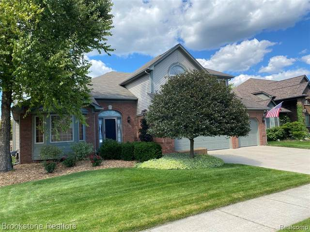 19933 Sycamore, Macomb Twp, MI 48044 (MLS #2200063495) :: The John Wentworth Group