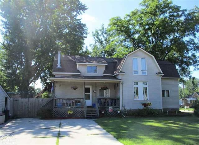 713 West, Marine City, MI 48039 (#58050019961) :: The Alex Nugent Team | Real Estate One