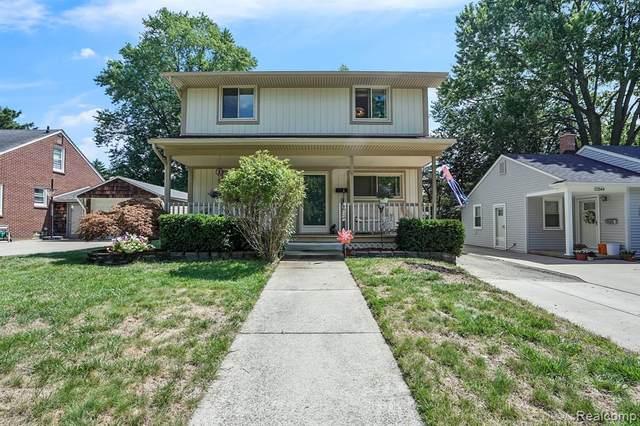 22550 Lilac Street, Farmington, MI 48336 (#2200063558) :: GK Real Estate Team