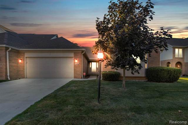 1562 Country Drive, Trenton, MI 48183 (#2200063686) :: Novak & Associates